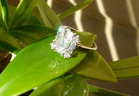 Bleeblue's Halo engagement ring