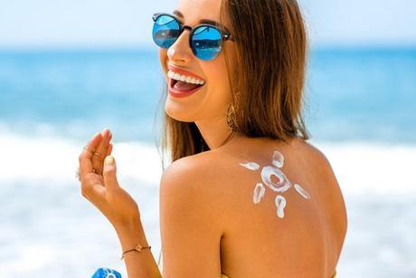 Four Things To Keep Your Skin Looking Flawless This Summer