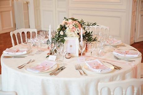 Chic rose gold inspiration shoot in a French Castle