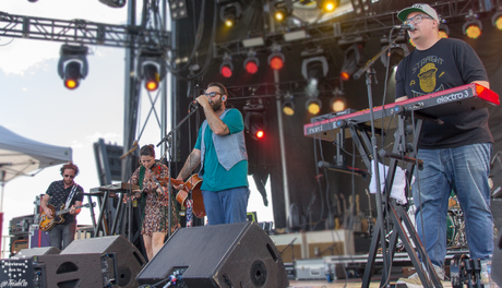 5 Quick Questions with The Strumbellas!