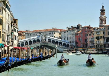 Rialto bridge, Grand Canal Venice