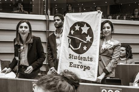 Nicolas Hamon - Students for Europe - Stand Up For Europe - Parlement européen - Portrait by Ben Heine