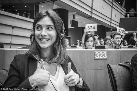 Stand Up For Europe - Students for Europe - European Parliament - Photo par Ben Heine