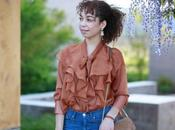 Trend Ruffle Blouse with High-Rise Jeans