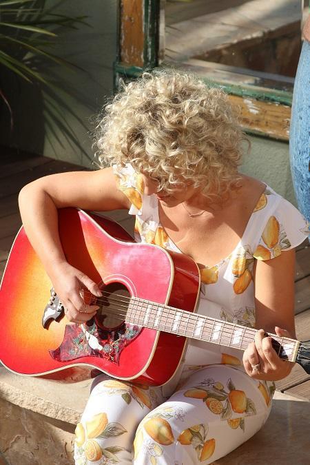 John Frieda® Hair Care & iHeartMedia Tap Platinum-selling Country Artist Cam