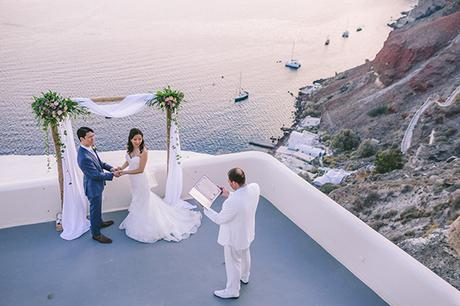 Gorgeous elopement in Santorini | Christine & Olimpio