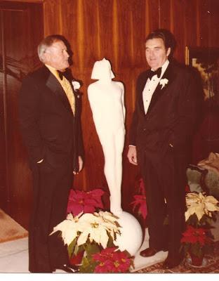 Rudolph Valentino's Statue,