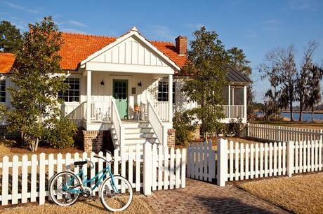 Image result for historic beach house in georgia with picket fence