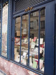 Paris Mon Amour competition – win signed advance copies