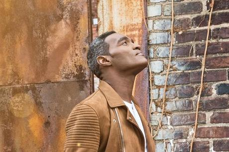 """Earnest Pugh Releases Lyric Video For """"I Need You To Breathe"""""""