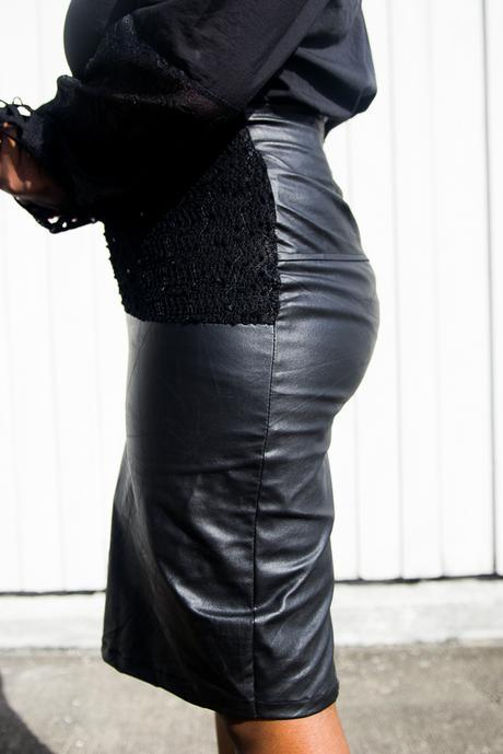 Ensemble    All laced and leathered up in Urbanate-Binienu
