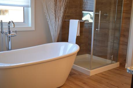 3 Ways To Update A Small Bathroom Paperblog