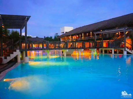 Bluewater Panglao Beach Resort swimming pool
