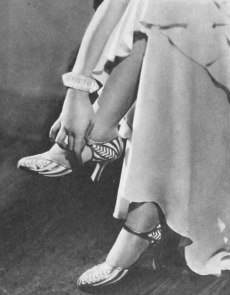 Norma-Shearer-Spring-wardrobe-1930---shoes