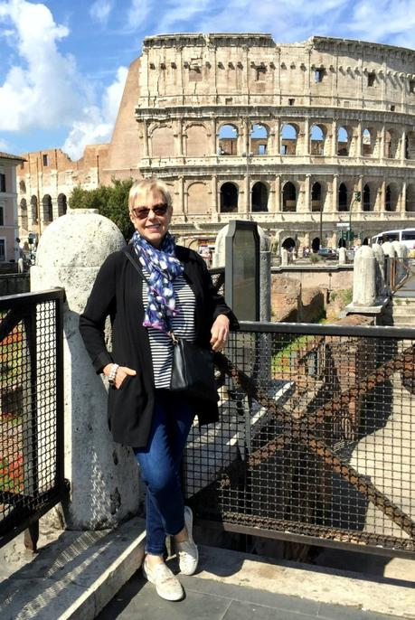 what I wore sightseeing in Rome