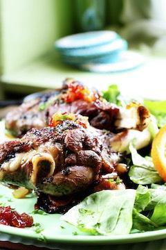 low-carb ketogenic lamb dish with salad