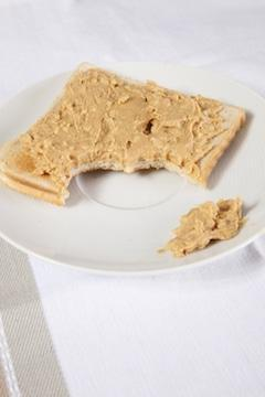 peanut butter on sliced bread
