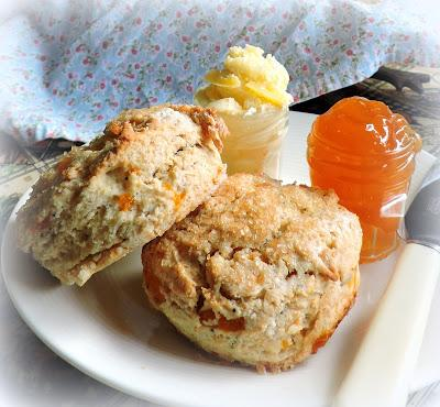 Peach, Vanilla and Poppyseed Scones