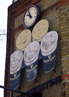 Archway Tavern, N19 – Save the Guinness Sign!!!!