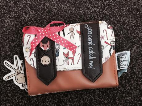 "A ""Totally funky"" Gingerbread wallet & a competition too!"