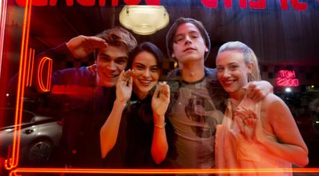 A Season with: Riverdale (2017) – Season 1