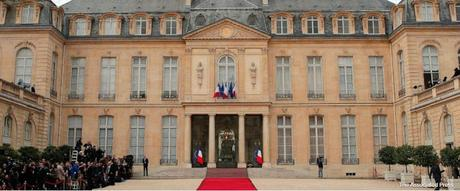 Macron inaugurated to Presidency ~ his  ex-teacher wife Brigitte in news !!!