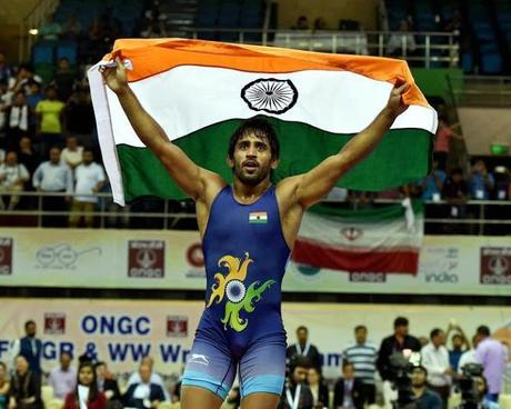 Bajrang Punia bags gold ~ but the crowds talk only about IPL