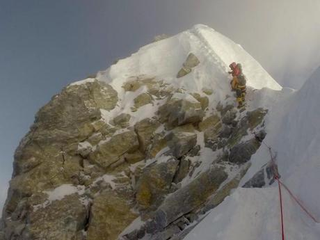 Is the Hillary Step Gone From Everest?