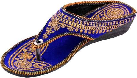 Flaunt Your Beautiful Flats In Your Each Gesture!!!