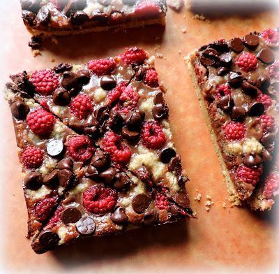Chocolate Raspberry Pie Bars - Paperblog
