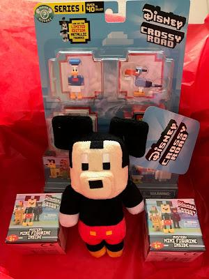 Disney Crossy Road Toys Unboxing and Review