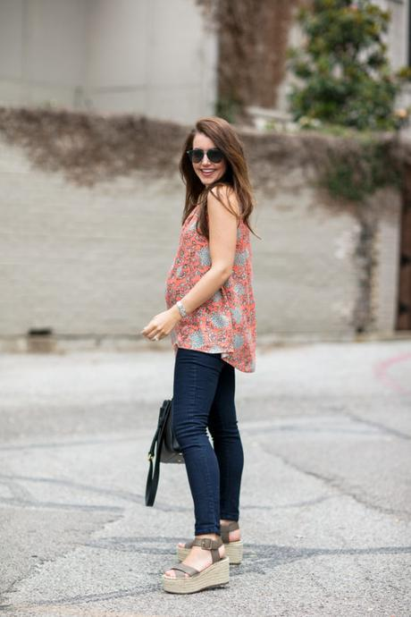 Amy Havins wears maternity clothing from the Rosie Pope for Kohl's collection.