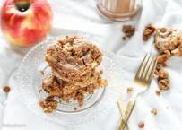 Apple Cinnamon Oatmeal Cookie Bars