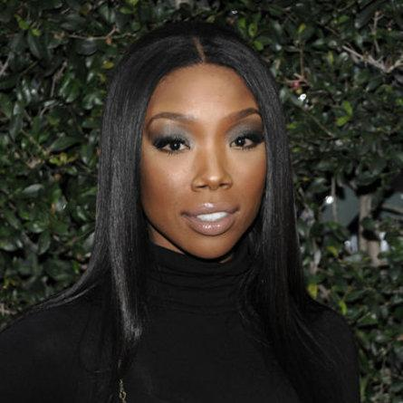 Let's Keep Brandy In Our Prayers The Singer Reportedly Lost Consciousness  While On A Delta Flight