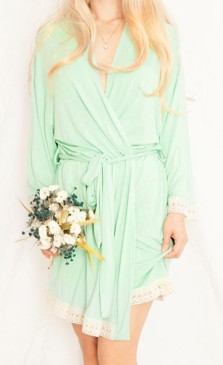 Wedding Robes ➳ The TOP 3 Stores For Affordable + Fabulous Bridesmaids Robes