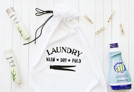 No-Sew Laundry Bag DIY