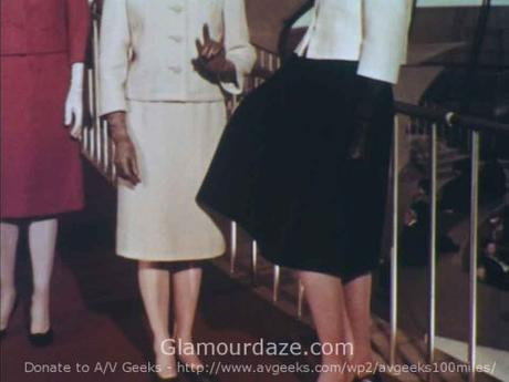 Airport-Chic---1962-Fashion-for-the-Three-Body-Types-10