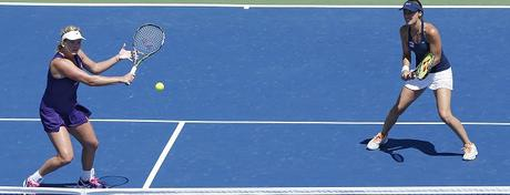 A Staggered Formation Or Both Up At Net? That Is The Question In Doubles Tennis