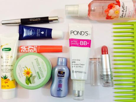 Summer Bag Essentials for Every Girl