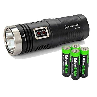 Sunwayman D40A Cree XM-L2 980 Lumens LED compact AA Flashlight Review