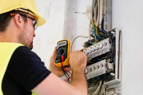 How to find the best electricians in the Haywards Heath area