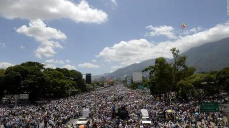 73% of Venezuelans Continue to Support Chavismo