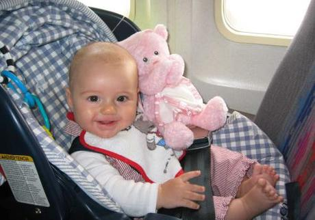 Top Tips for Flying with Your Baby3 min read
