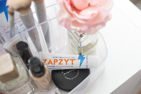 Battling adult hormone acne with Zapzyt