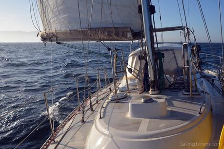 downwind offshore ocean sailing sailboat