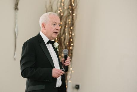 father of the bride giving his speech at mythe barn
