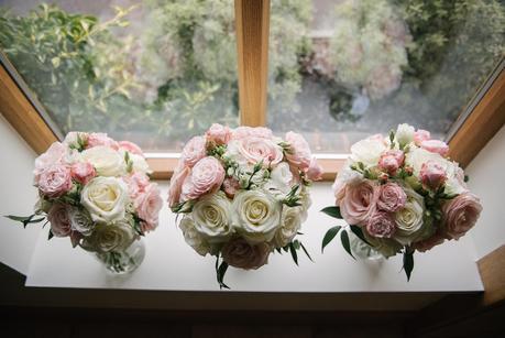 mythe barn wedding flowers
