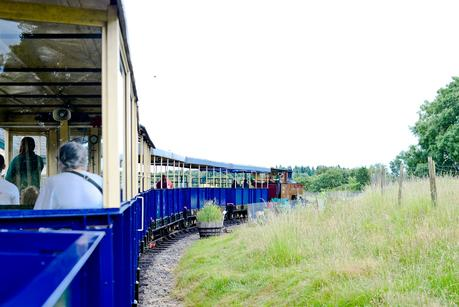 whipsnade zoo train
