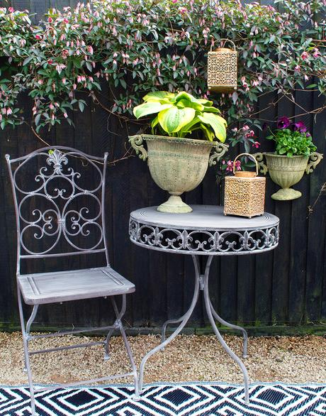Gone are the days when the garden was simply a lawn and somewhere to grow a few flowers - now we want to create a room outdoors which can be enjoyed all through the year as an extension of our home. These five easy steps will help you create your perfect outdoor room.