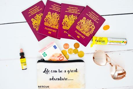 preparing for a holiday, packing tips, tips to reduce stress packing for a holiday, travel tips,
